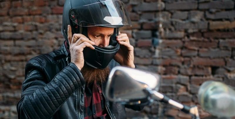 Motorcycle-Helmet-800x406